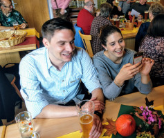 Stadtratskandidat Thomas Heinl mit Lebensgefährtin